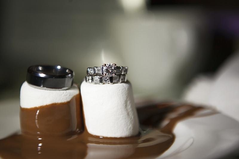 marriage la fontaine de chocolat. Black Bedroom Furniture Sets. Home Design Ideas